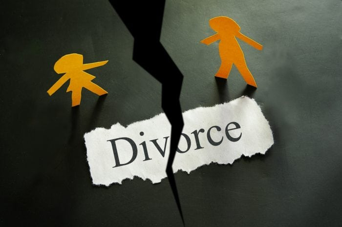 a divorce lawyer can help with your dissolution concerns